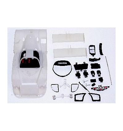 Carrocería Mazda 787B en kit