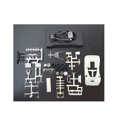 Mclaren M6A Can Am kit blanco