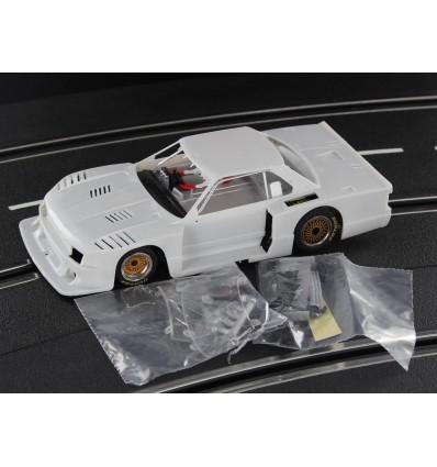 Nissan Skyline Turbo 1982 en kit